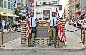 berlin-checkpoint_charlie